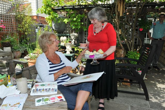 Judi with Carol painting dayJuly 2011 photographer Mike (Brentwood Gazette)